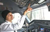 First Female Turbaned Sikh Pilot Congratulated by SGPC