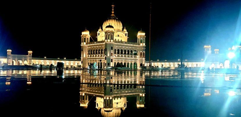 India-pakistan celebrates Guru Nanak dev Ji's 550th birth anniversary together.