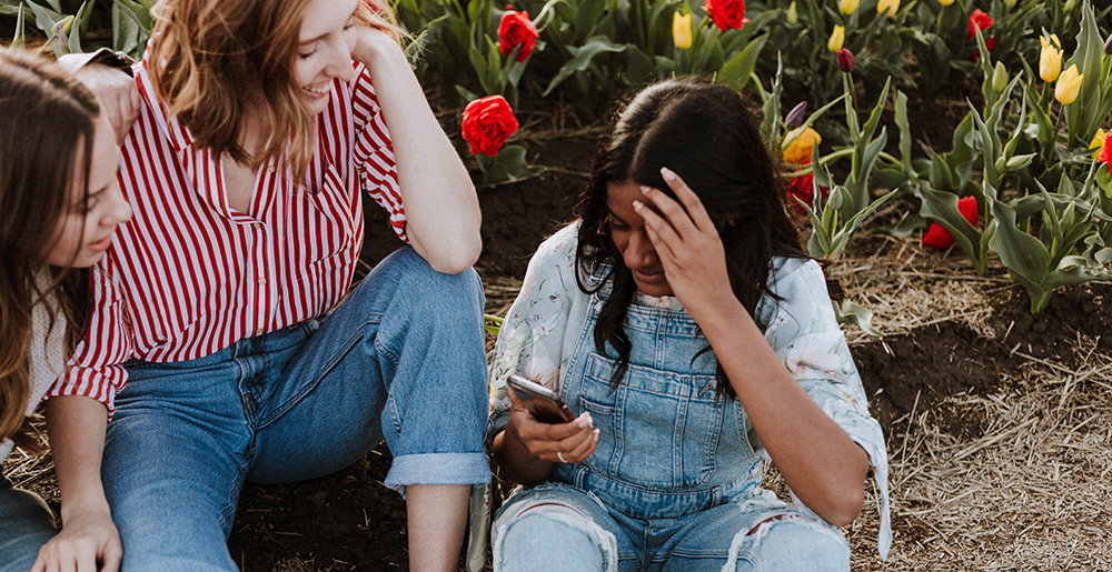 Impact of Social Media on Young People | Sikhs Online